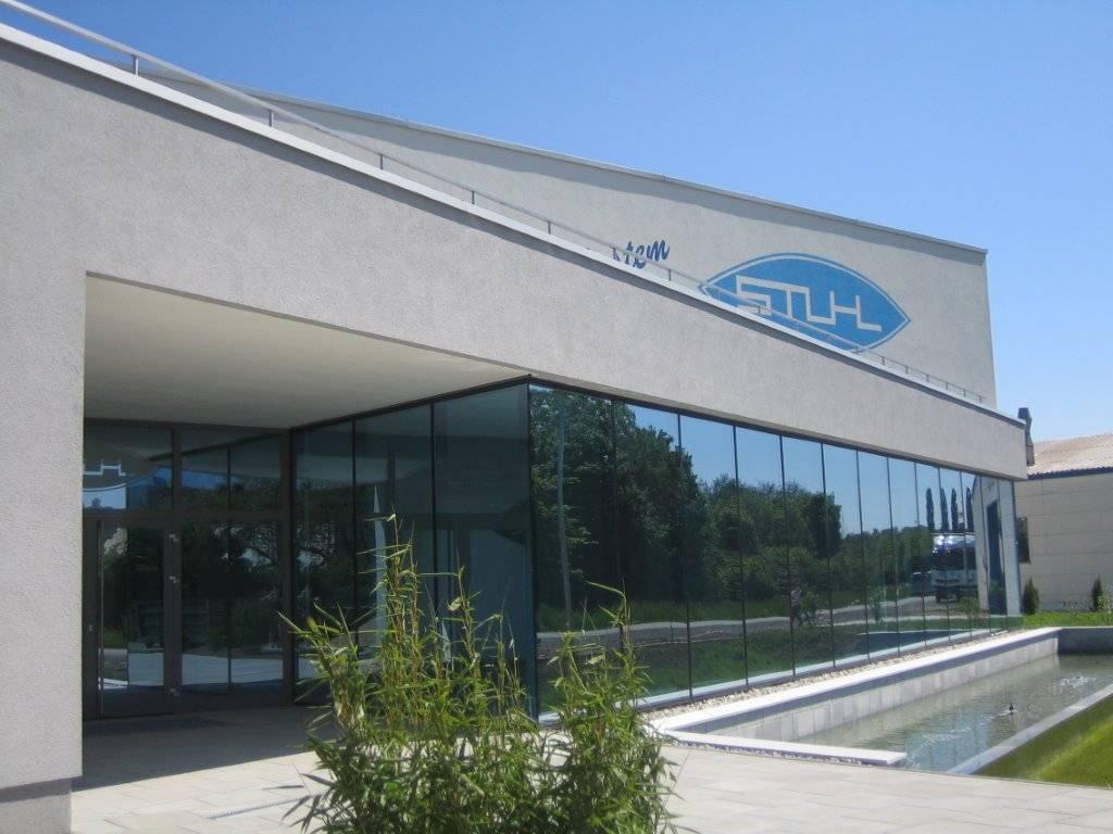 Textilpflege-Firmengebäude-Wäscherei